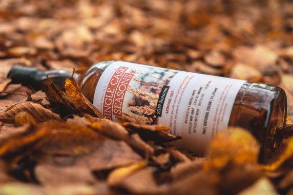 Ardmore 2007/2019 Single Cask Seasons Autumn 2019 Specially selected and bottled for Kirsch Whisky 12 Jahre Dest. 05/2007 Abgef. 10/2019 Gereift in einem Refill Butt Fassnr. 800205 714 Flaschen 51,3 % Vol