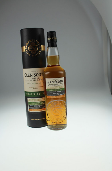 Glen Scotia Vintage 2002 57,9% Vol. 0,7l Single Cask Abfüllung - Cask No. 176 - Refill American Oak Hogshead - Heavily Peated - 189 Bottles